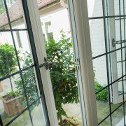 حفاظ پنجره دو جداره