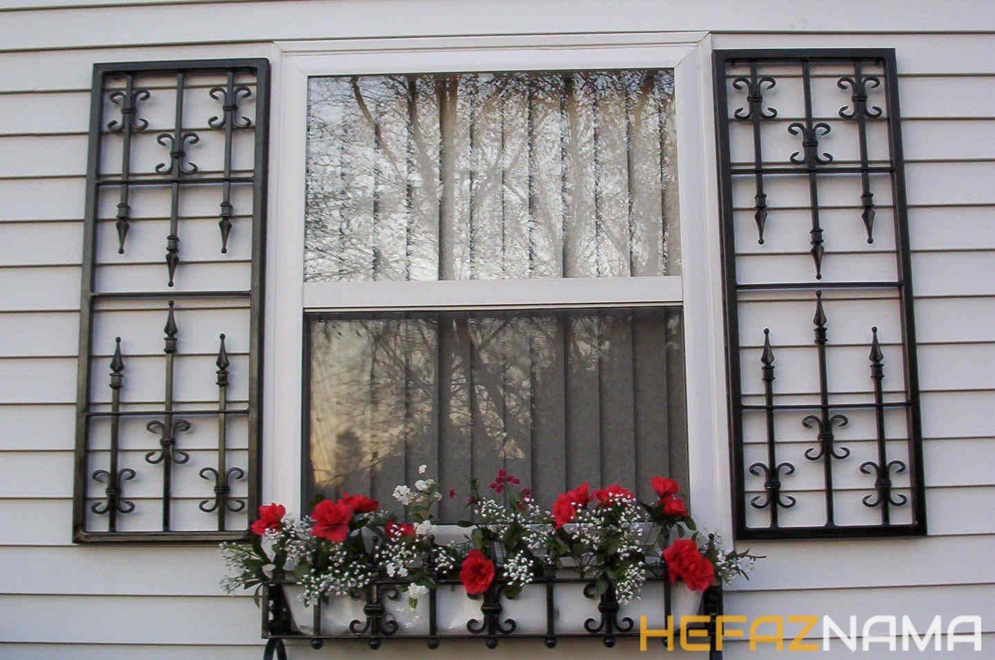 حفاظ پنجره تزئینی فرفورژه